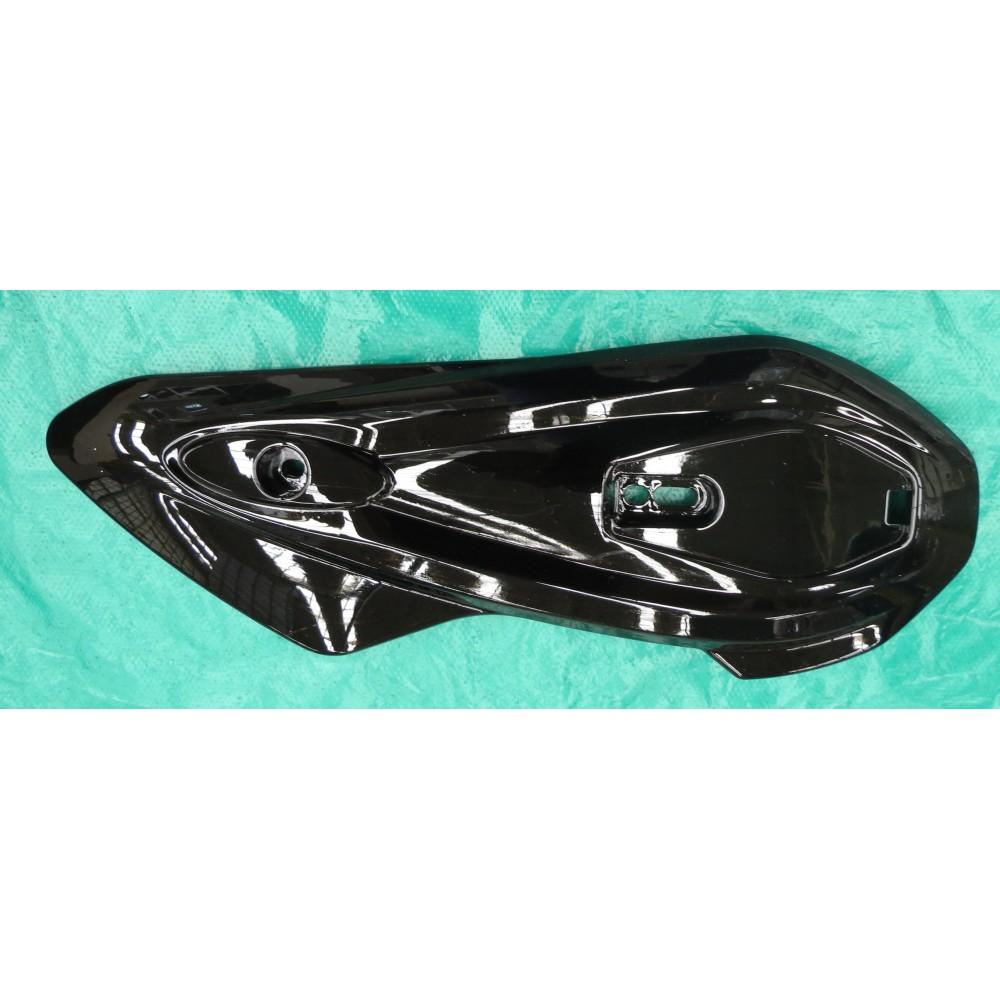 Tapa Eje Trasero Derecha Cubierta Plástica (Color Negro)
